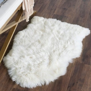 Safavieh Hand-woven Sheep Skin White Sheep Skin Rug (2' x 6')