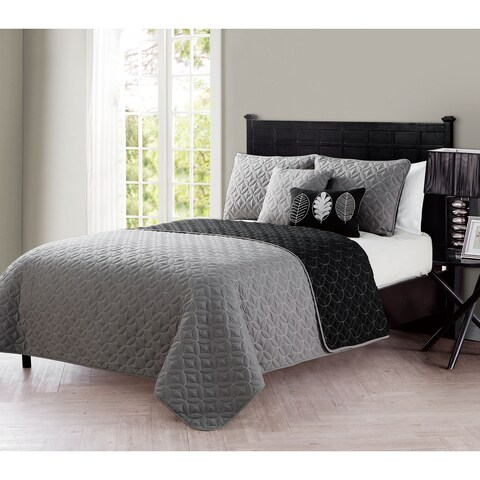 VCNY Hayden Embroidered 5-Piece Reversible Quilt Set