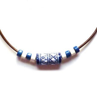 Every Morning Desigh Blue and White Peruvian Bead Necklace