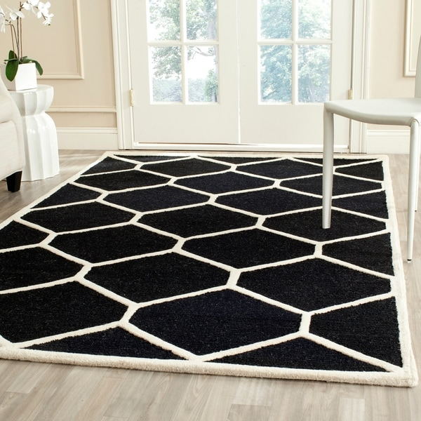 Safavieh Handmade Contemporary Moroccan Cambridge Black/ Ivory Wool Rug - 9' x 12'