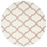 Safavieh Handmade Moroccan Cambridge Ivory/ Beige Wool Rug - 4' x 4' Round