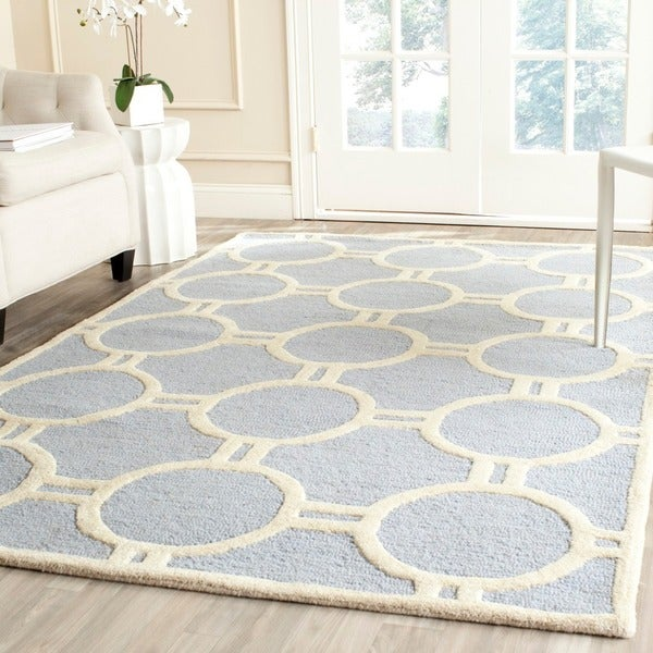 Safavieh Handmade Moroccan Cambridge Canvas-backed Light Blue/ Ivory Wool Rug (5' x 8')