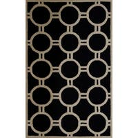 Safavieh Handmade Moroccan Cambridge Black/ Ivory Wool Rug - 5' x 8'