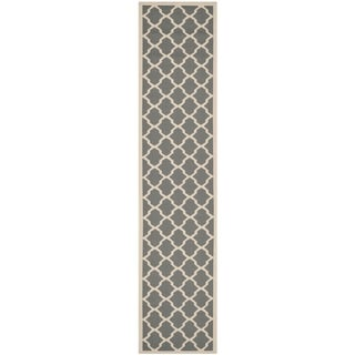 Safavieh Courtyard Moroccan Trellis Anthracite/ Beige Indoor/ Outdoor Rug (2'3 x 12')