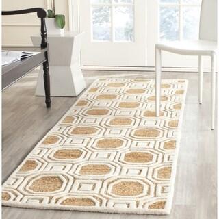 Safavieh Handmade Precious Camel Polyester/ Wool Runner Rug (2'6 x 8')