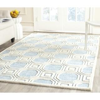 Safavieh Handmade Precious Mist Blue Polyester/ Wool Rug (4' x 6')