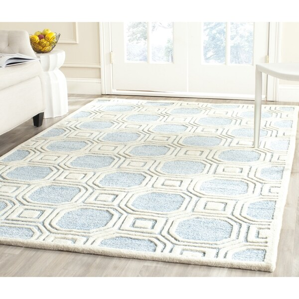 Safavieh handmade precious mist blue polyester wool rug for 10x14 bedroom