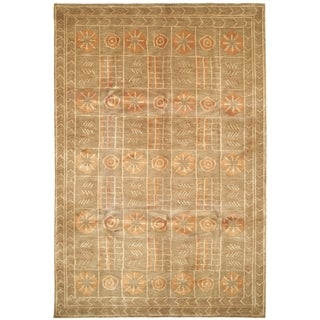 Safavieh Hand-knotted Tibetan Green/ Peach Wool Rug (6' x 9')