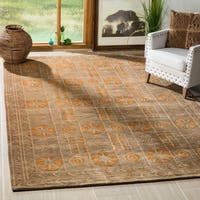 Safavieh Hand-knotted Tibetan Green/ Peach Wool Rug - 6' x 9'