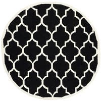 Safavieh Contemporary Safavieh Handwoven Moroccan Reversible Dhurrie Black/ Ivory Wool Area Rug - 6' Round