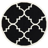 Safavieh Handwoven Moroccan Reversible Dhurrie Black/ Ivory Wool Area Rug - 6' x 6' Round