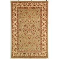 Safavieh Handmade Persian Court Light Green/ Ivory Wool/ Silk Rug - 5' x 8'