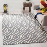 Safavieh Handmade Moroccan Chatham Geometric-pattern Dark Gray/ Ivory Wool Rug - 8' x 10'