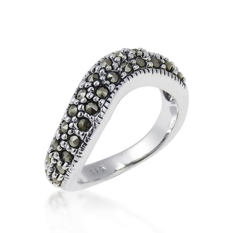Handmade Contempo Swirl Marcasite Embellished .925 Sterling Silver Ring (Thailand) - Black