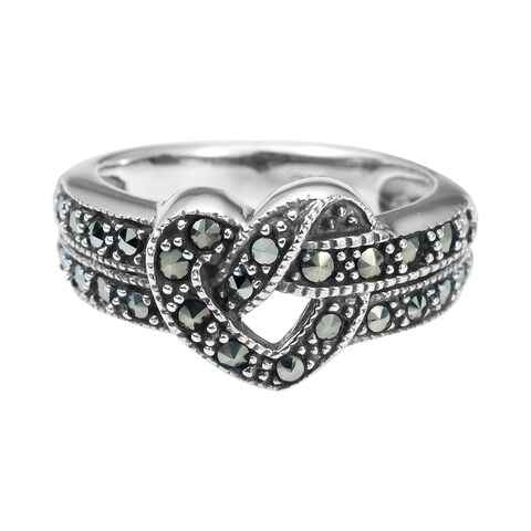 Handmade Beautitul Heart Knot Marcasite .925 Sterling Silver Ring (Thailand)