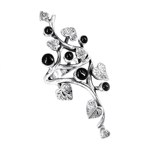 Handmade Beautiful Vine Leaf Round Black Onyx .925 Sterling Silver Ring (Thailand)