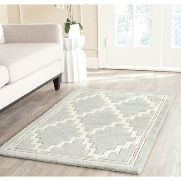 Indoor Safavieh Handmade Moroccan Chatham Gray/ Ivory Wool Rug - 8' x 10'