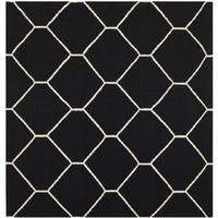 Safavieh Handwoven Moroccan Reversible Dhurrie Contemporary Black/ Ivory Wool Rug - 6' Square