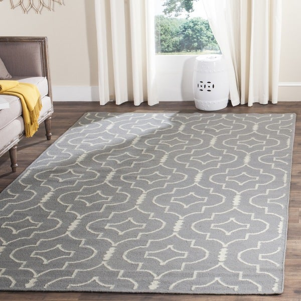 Safavieh Contemporary Handwoven Moroccan Reversible Dhurrie Grey/ Ivory Wool Rug - 8' x 10'