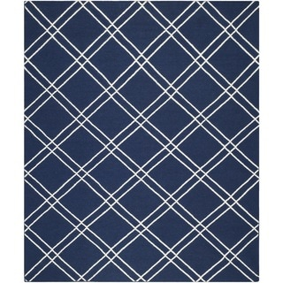 Safavieh Handwoven Moroccan Reversible Dhurrie Contemporary Navy/ Ivory Wool Rug (6' x 9')