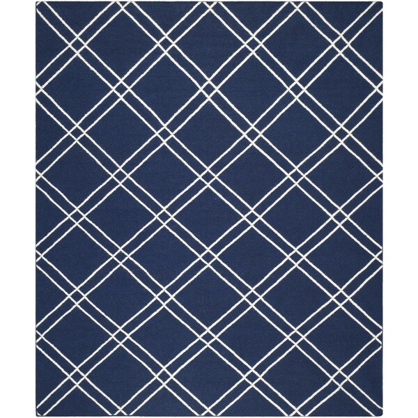 Safavieh Hand-woven Moroccan Reversible Dhurrie Navy/ Ivory Wool Rug - 8' x 10'