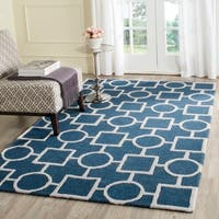 Safavieh Handmade Moroccan Cambridge Navy/ Ivory Wool Rug - 4' x 6'