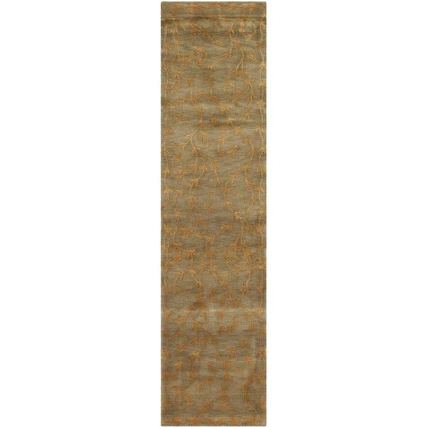 "Safavieh Hand-knotted Tibetan Iron Scrolls Green/ Gold Wool/ Silk Rug (2' 6 x 10') - 2'6"" x 10'"
