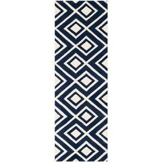 Safavieh Handmade Moroccan Chatham Square-Pattern Dark Blue/ Ivory Wool Rug (2' 3 x 7')