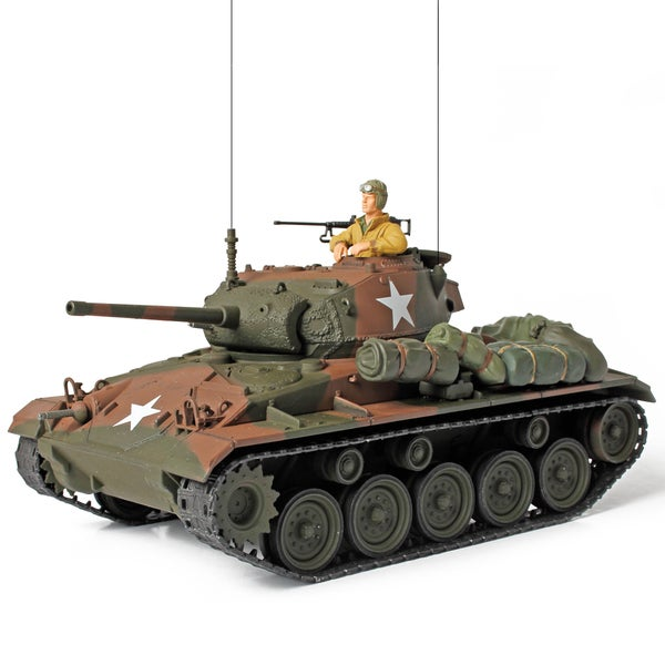 Forces of Valor Die Cast US Cadillac Chaffee Light Tank