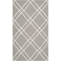 Safavieh Hand-woven Moroccan Reversible Dhurries Grey/ Ivory Wool Area Rug - 4' x 6'