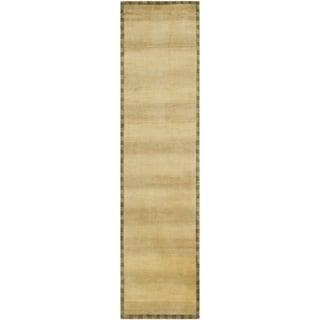 Safavieh Hand-knotted Tibetan Border Beige Wool Runner Rug (2'6 x 12')
