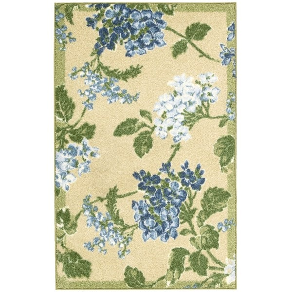 Waverly Aura of Flora Rolling Meadow Golden Area Rug by Nourison (2'6 x 4')
