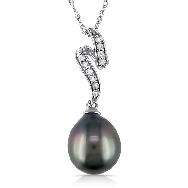 Miadora 10k White Gold Black Tahitian Pearl and 1/10ct Diamond Necklace (H-I, I2-I3) (9-9.5 mm)