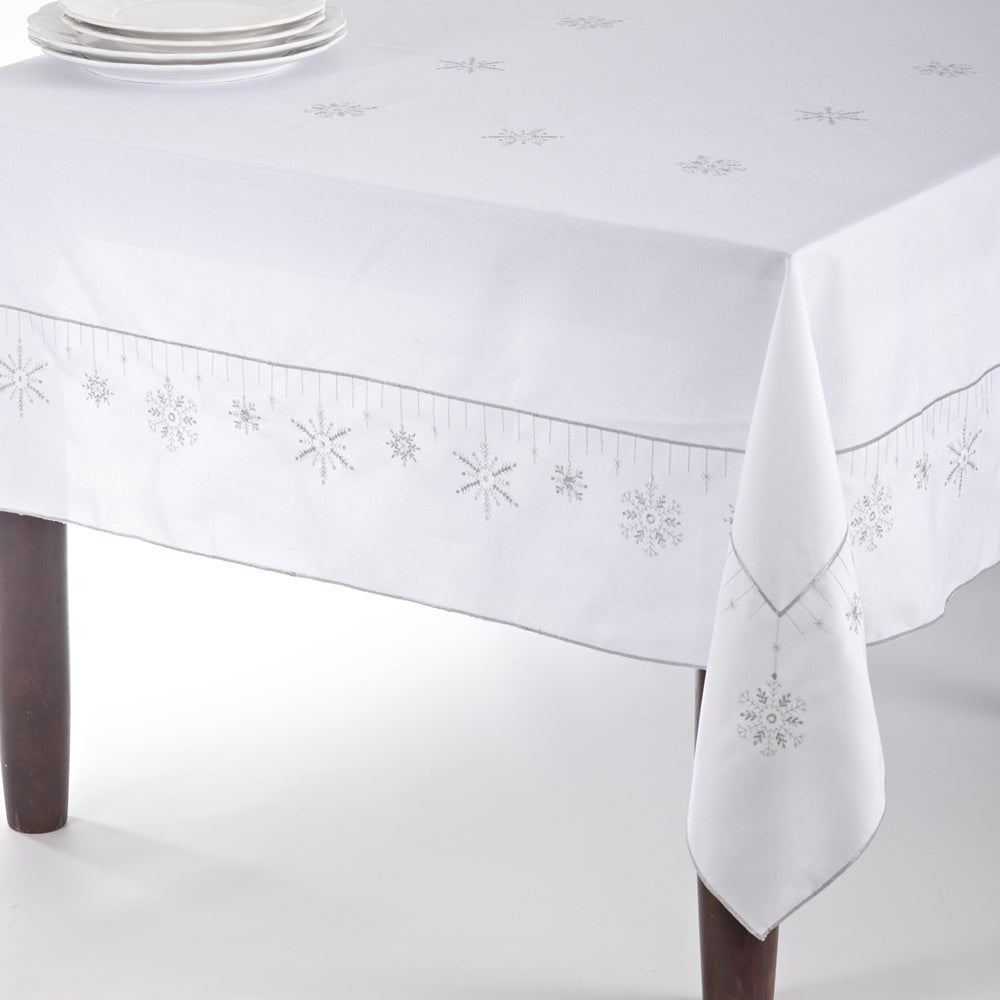 Saro Snowflake Design Tablecloth/ Table Runner (65 X 120 .