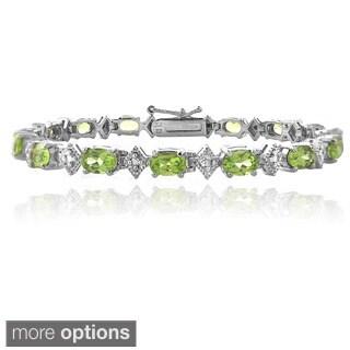 Glitzy Rocks Sterling Silver Peridot and Diamond-accent Bracelet (I-J, I2-I3)