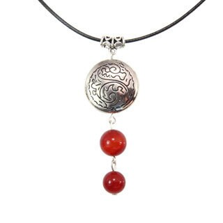 Handmade Miao Silver Red Agate Drop Choker Necklace (China)