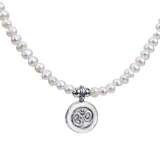 Handmade Thai Karen Tribe Silver Aum or Om Medallion Pearl Necklace (Thailand)