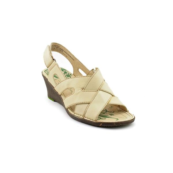Groundhog Women's 'Digby' Ivory Leather Sandals