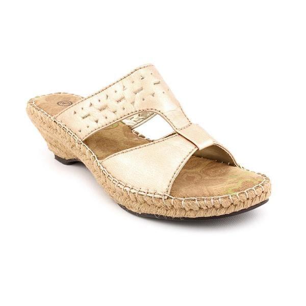 eb380569917 Shop Bella Vita Women's 'Pedril' Patent Leather Sandals - Narrow ...