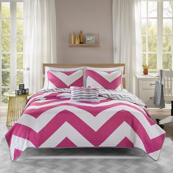 Mi Zone Virgo Reversible Pink Quilt Set