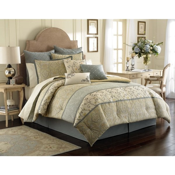Laura Ashley Berkley 4 Piece Comforter Set