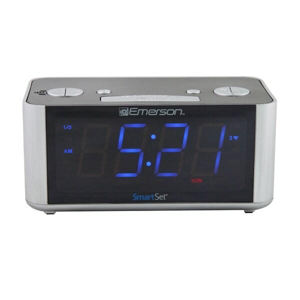Emerson CKS1708 SmartSet LED Radio Alarm Clock