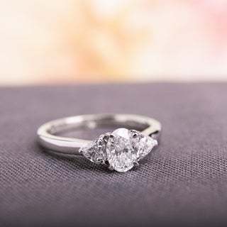Link to Miadora Signature Collection 14k White Gold 7/8ct TDW Oval Center Diamond Ring Similar Items in Wedding Rings