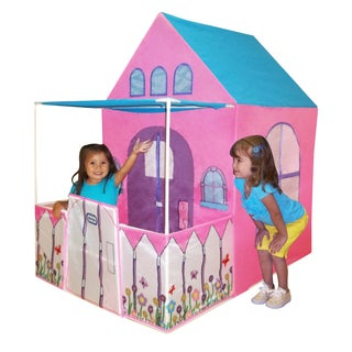 Playhouse 4 ft. Victorian-style with Fenced Patio
