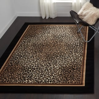 Everest Leopard/ Ivory/ Black Area Rug (5'3 x 7'6)