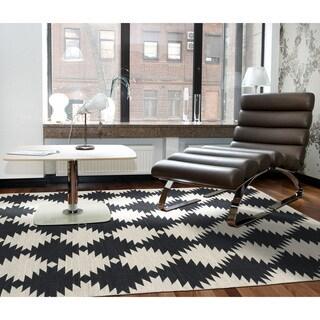 Flatweave TriBeCa Black Wordly Wool Rug - 5' x 8'