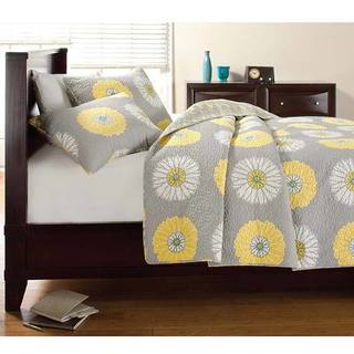 Cozy Line Anya grey Yellow Floral Print Quilt Set