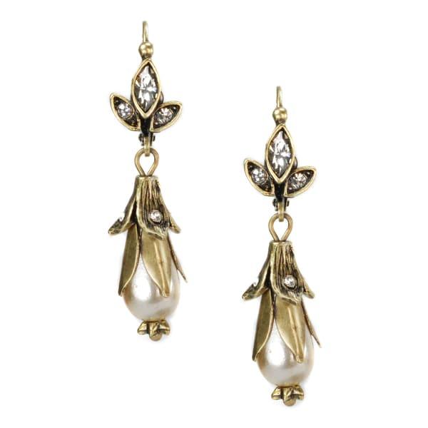 Sweet Romance Lily Flower Pearl Wedding Earrings