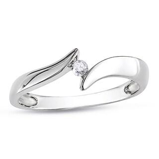 Miadora 14k White Gold Solitaire Round Diamond Promise Ring