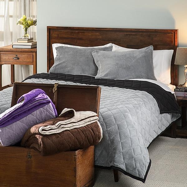 Solid 3-piece Comforter Set